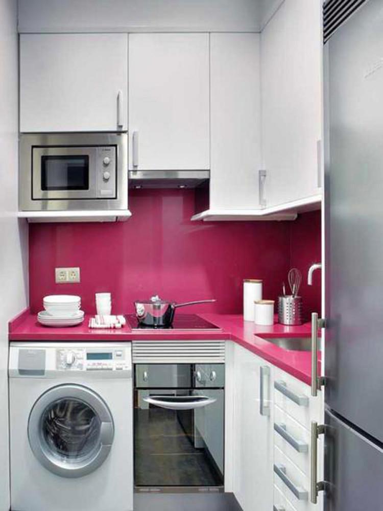 Кухня в цветах: серый, белый, бордовый, розовый. Кухня в .