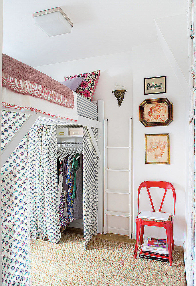 Спальня в цветах: красный, серый, светло-серый, белый, бежевый. Спальня в стилях: скандинавский стиль, средиземноморский стиль.