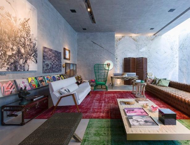 Архитектура в цветах: серый, светло-серый, белый, розовый, темно-зеленый. Архитектура в стилях: модерн и ар-нуво, арт-деко, минимализм, поп-арт, лофт, эклектика.