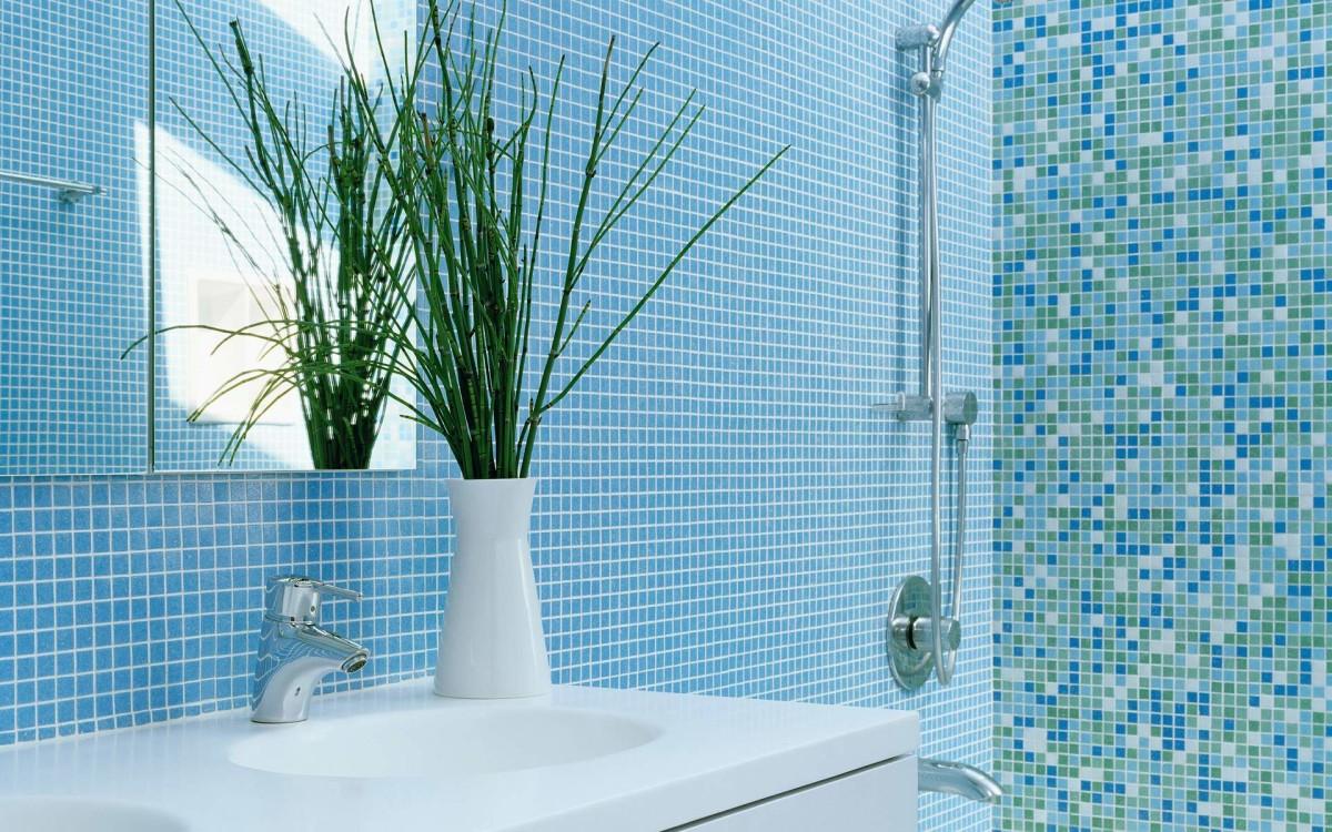 Туалет в цветах: голубой, бирюзовый, светло-серый. Туалет в .