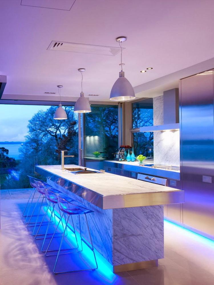 Кухня в цветах: голубой, бирюзовый, фиолетовый, серый, белый. Кухня в .