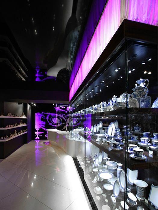Мебель и предметы интерьера в цветах: фиолетовый, черный, розовый. Мебель и предметы интерьера в .